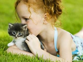 girl&cat